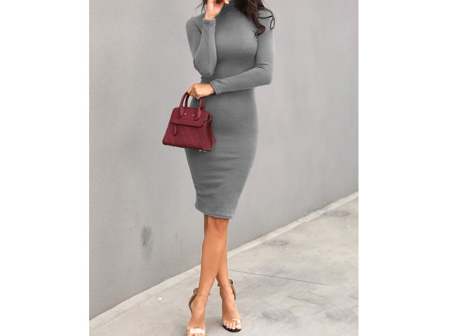 Solid High Neck Long Sleeve Midi Dress. Style:Fashion Pattern Type:Solid Material:Polyester Neckline:High Neck Sleeve Style:Long Sleeve Length:Midi Occasion:Cas... | free-classifieds-canada.com