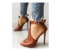 Solid Buckled T-Strap Thin Heeled Sandals