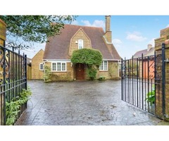 Freehold Property for sale in Slough Road, Iver Heath-£1,200,000